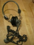 Bunch of random old audio / video stuff - (I threw most of the things from the same post as this headset in a bag and gave it all together)