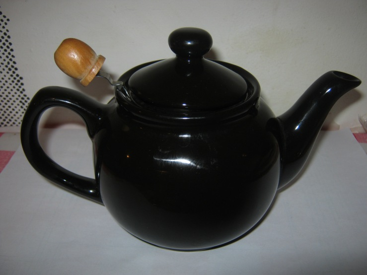 garbage tea pot